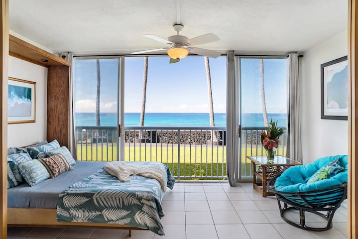 Oceanfront Studio Next to Magic Sands Beach