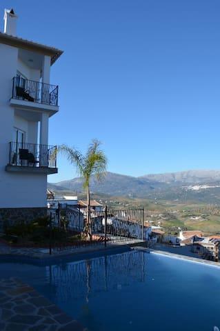 Beautiful, classy designer location - Viñuela - Hus