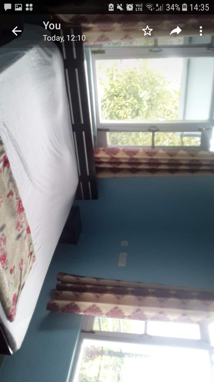 comfortable clean and cosy private rooms in bir