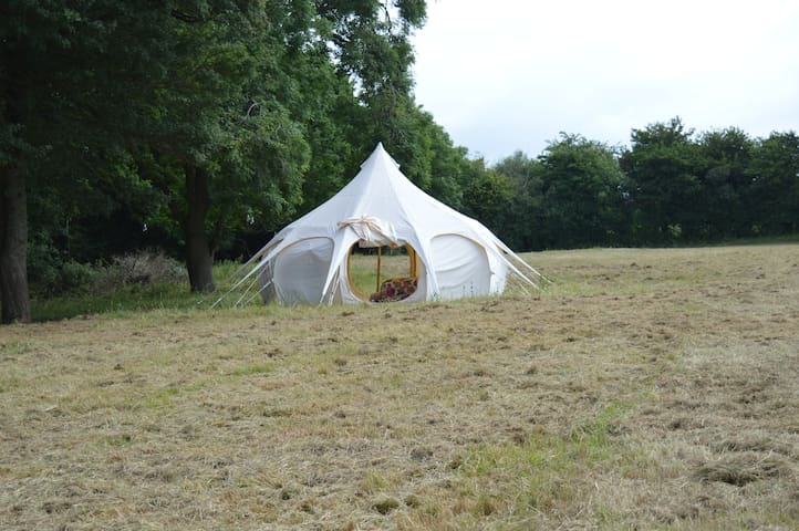 Lotus Belle Tent - Goblin Coombe Glamping