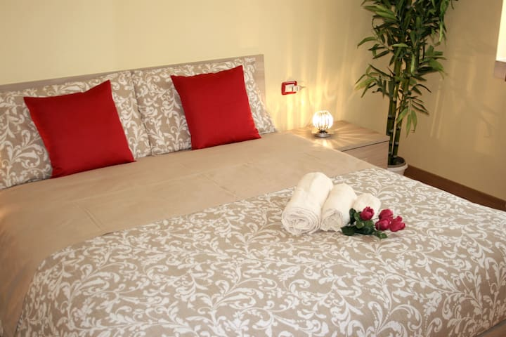 spazioso e luminoso appartamento  zona Malpensa