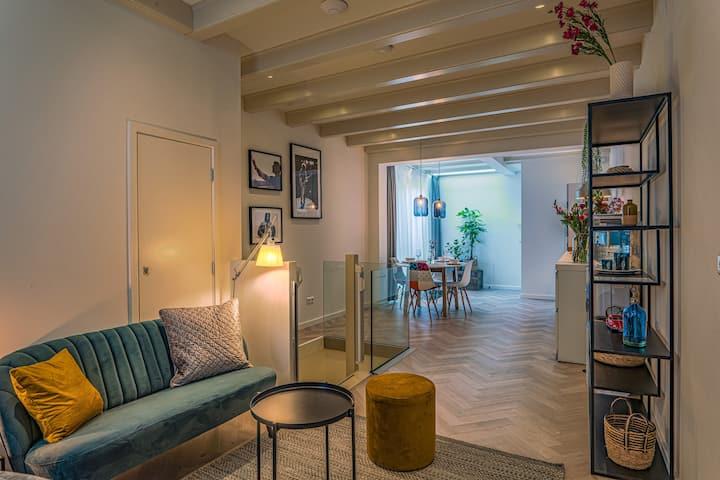 Center AMS, UNIQUE 2 bedroom appartment 60m2