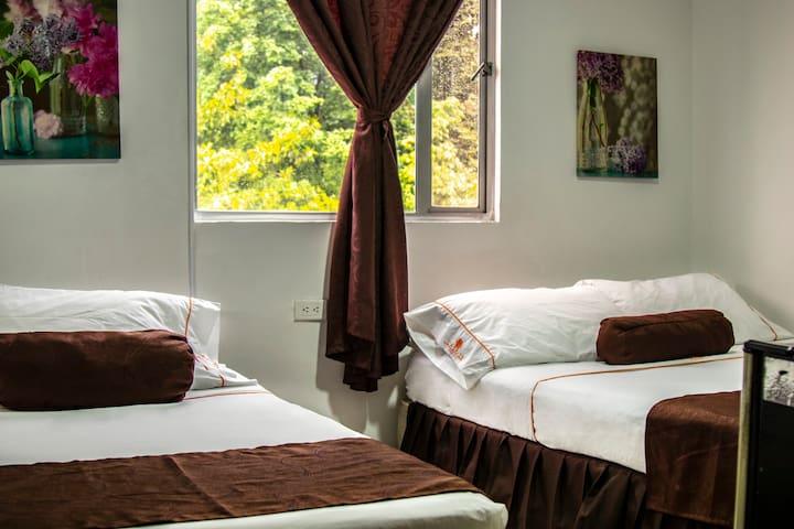 habitación privada TWIN03 en Hotel Casa 10 Poblado