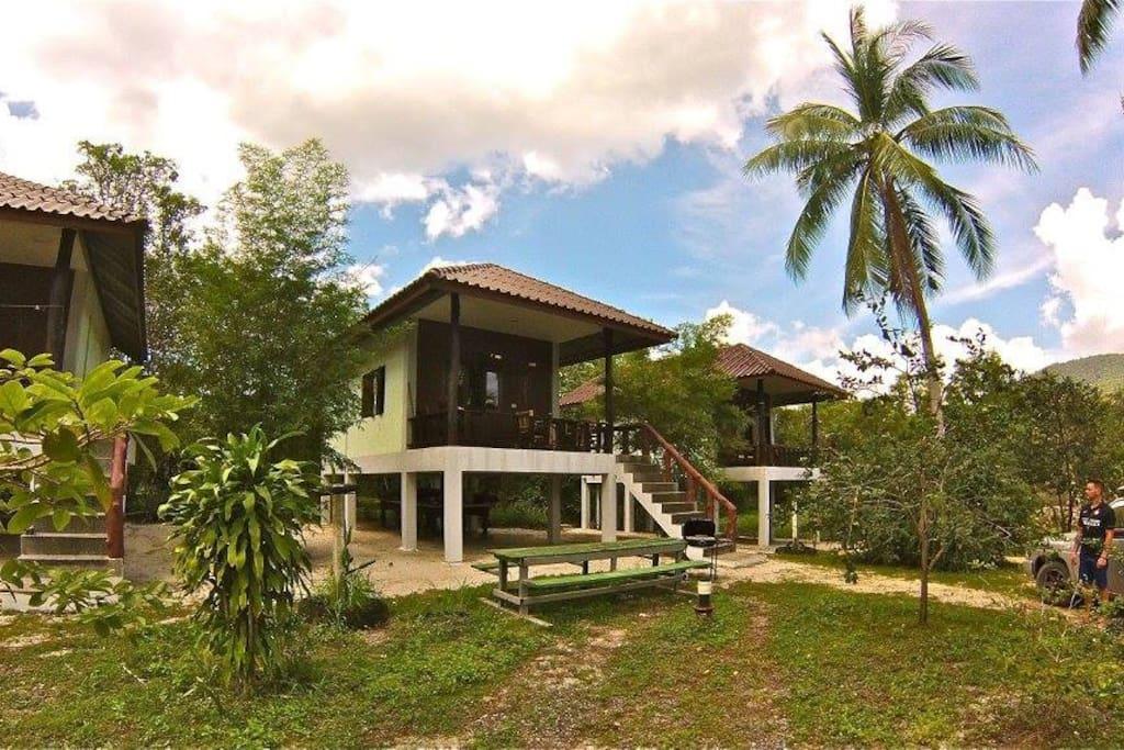 Quiet private bungalow