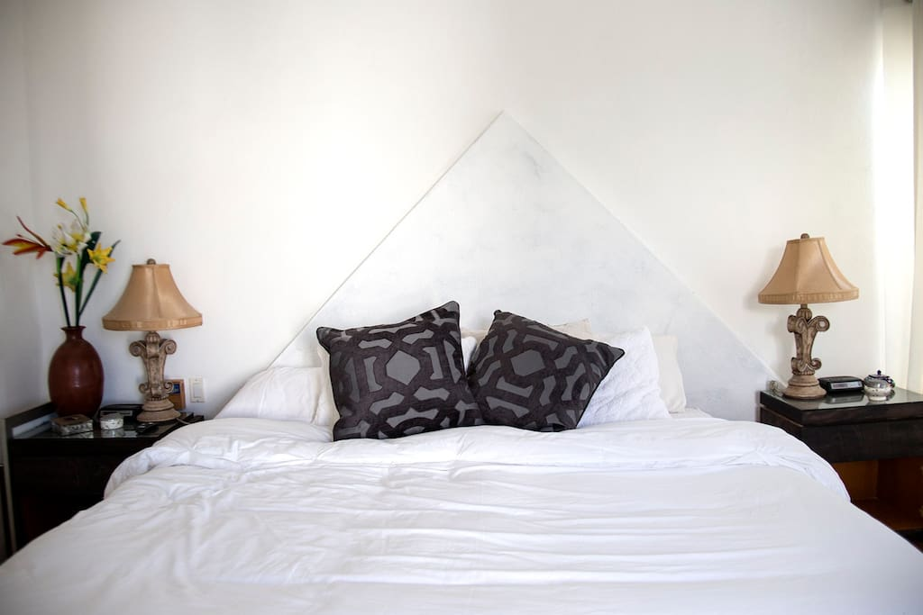 Scond bedroom with Pacific Ocean view and private bathroom.