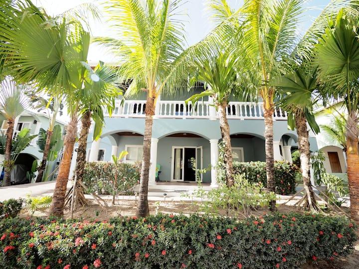 Sueno Caribe: Great Villa for a Couple or Family