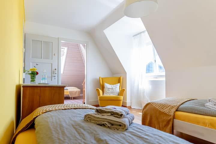 Gemütliches Zimmer im Gästehaus Sonne, Solothurn
