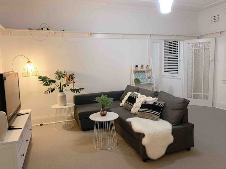 Convenient and Cosy Lavender Bay Studio