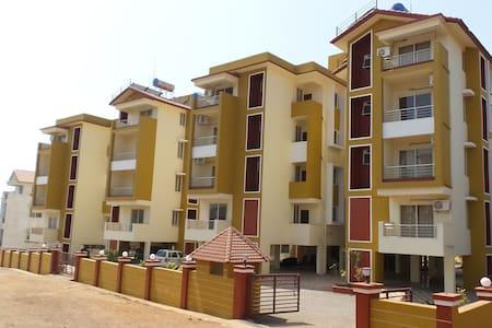 Luxury Aptmt near Dabolim Airport - Apartmen