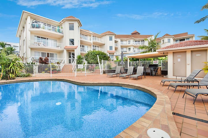 Ocean View Terrace Unit 3 - Central Coolangatta