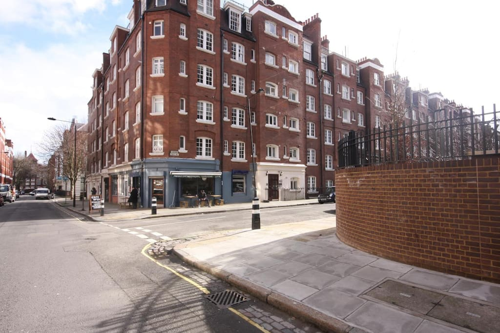 The flat is close to Euston station and you will have an access to many nearby cafes, supermarkets etc.