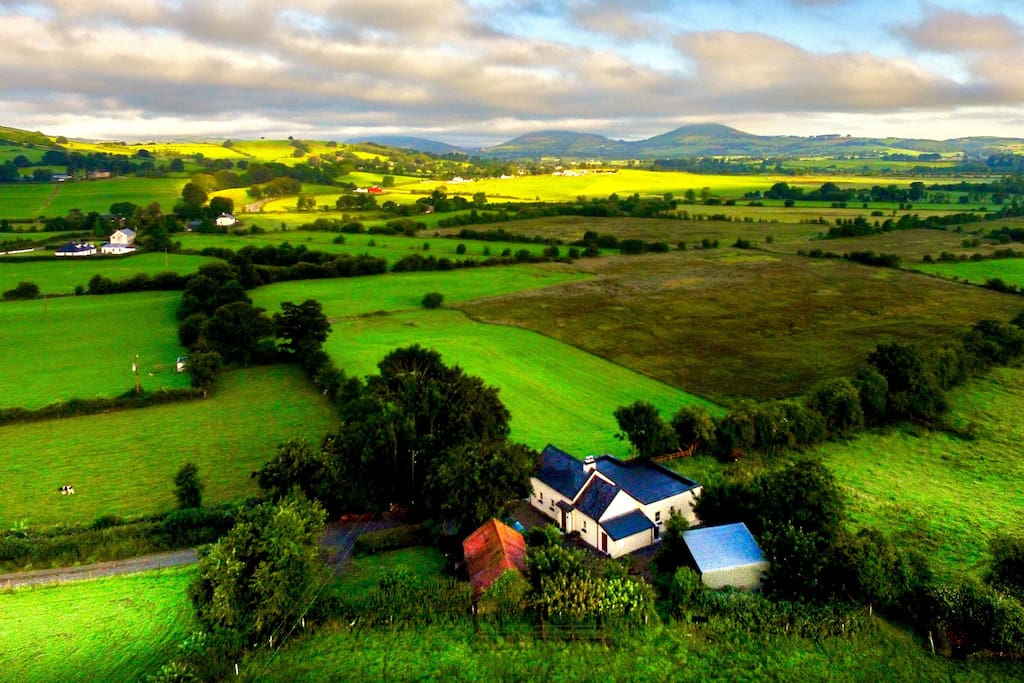The rolling Tipperary landscape is right at your doorstep, with lovely views of the fields and nearby hills.   Photo of Bluebell Cottage courtesy of previous guest www.bencabe.com