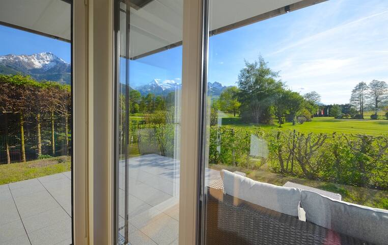 Apartment Golf & Glacier View - Noble ambience, next to the golf course Zell am See/Kaprun