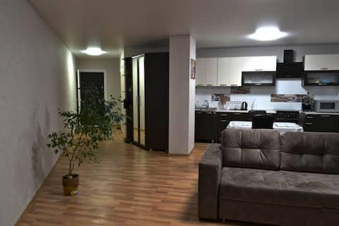 Уютная квартира-студия на 12-ом этаже