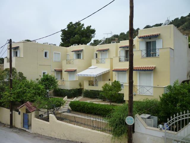Hotel RO-Apartment No.2 (no balcony-no bed linens)