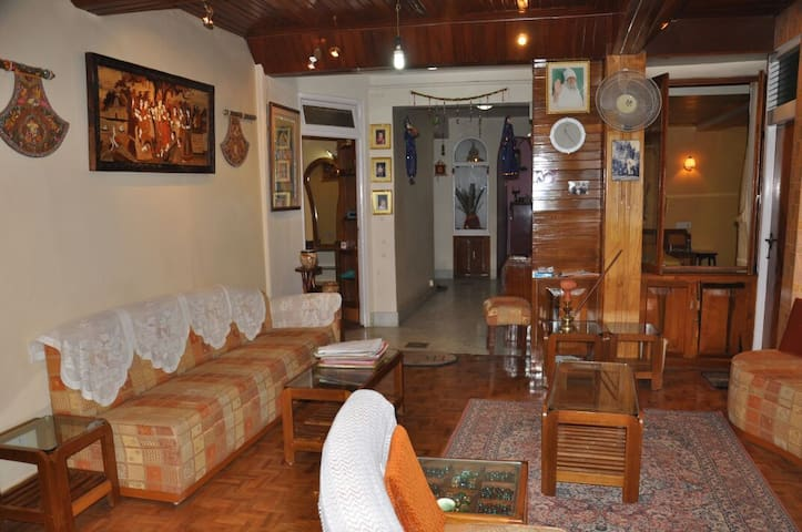 House bang on MG Marg - Gangtok - Apartamento