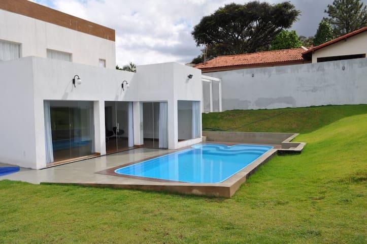Casa inteira em Brasília - alugo por temporada