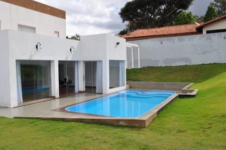 Casa inteira em Brasília - totalmente higienizada