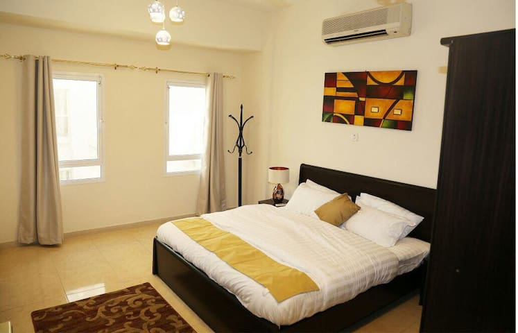 Luxury 1 Bedroom apartment. Swan Apartments