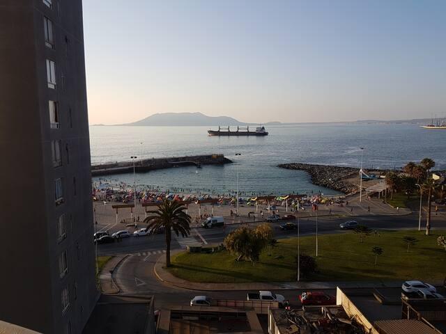 DEPARTAMENTO AMOBLADO CON VISTA AL MAR - Antofagasta - Lakás