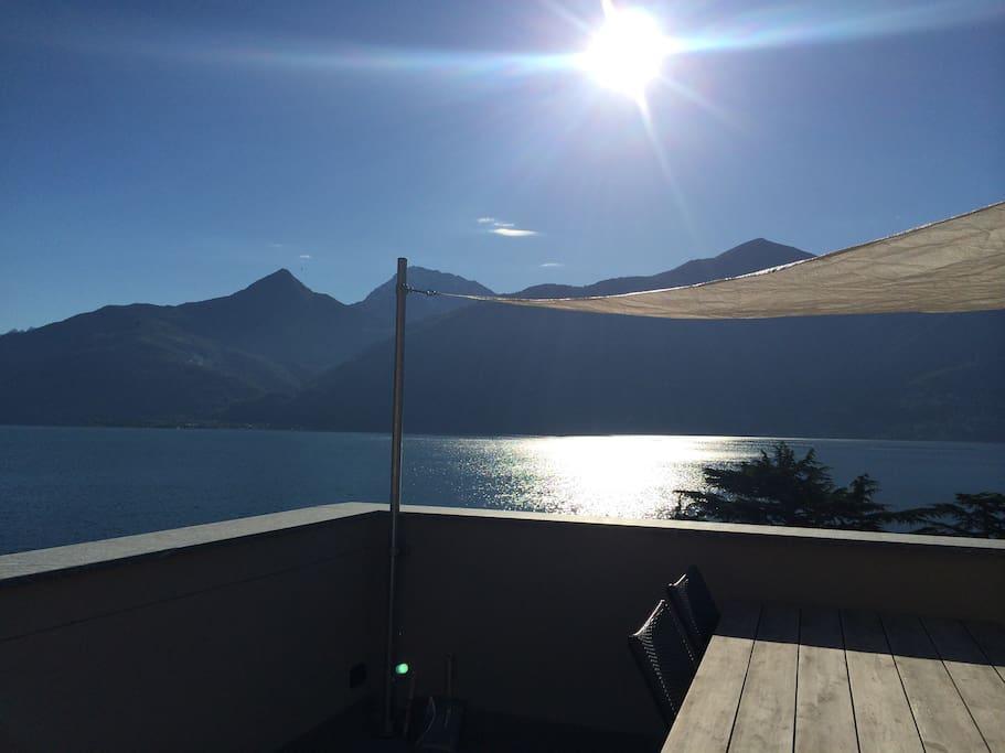 Uitzicht vanaf het balkon / View from balcony