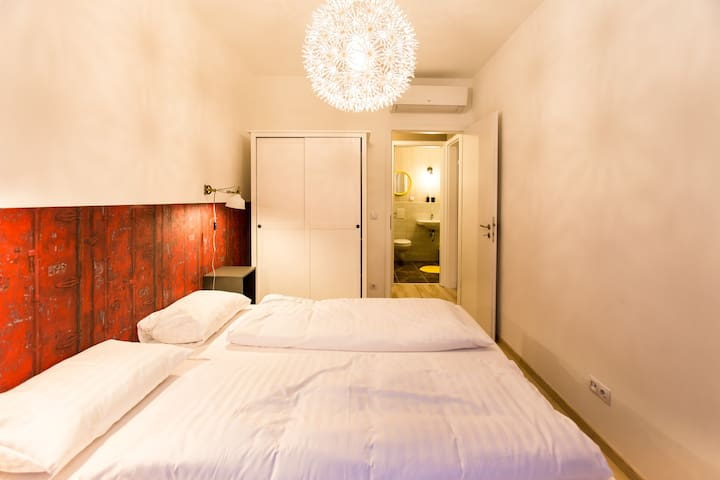 Corvintage Apartment 814 - Woodland - Budapest - Wohnung