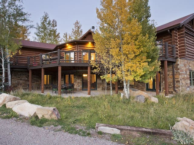 luxury log cabin in glenwood springs houses for rent in