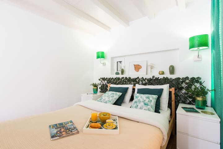 Cozy Studio At the Heart of Bairro Alto