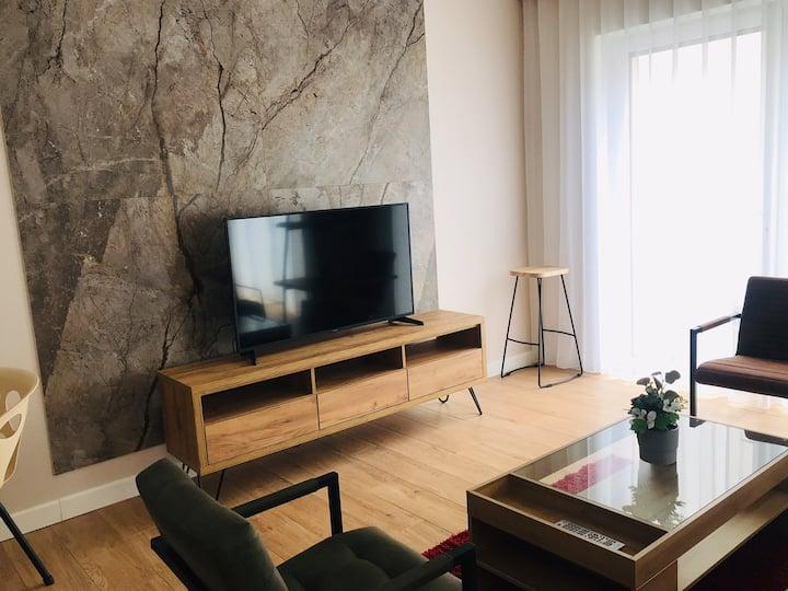 Komfortowy Apartament Lucky w samym sercu miasta