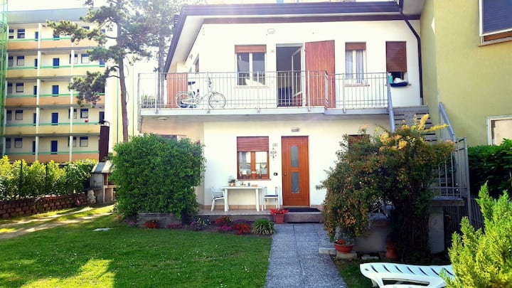 Central Quiet Cozy Apartment in Bibione
