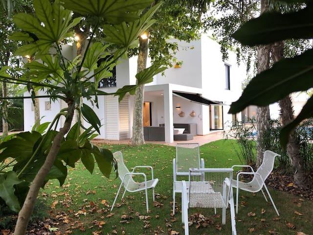 Villa de diseño entre viñedos