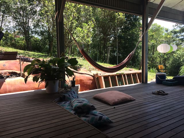 Private chilled town cottage in Mullumbimby!! - Mullumbimby - Řadový dům