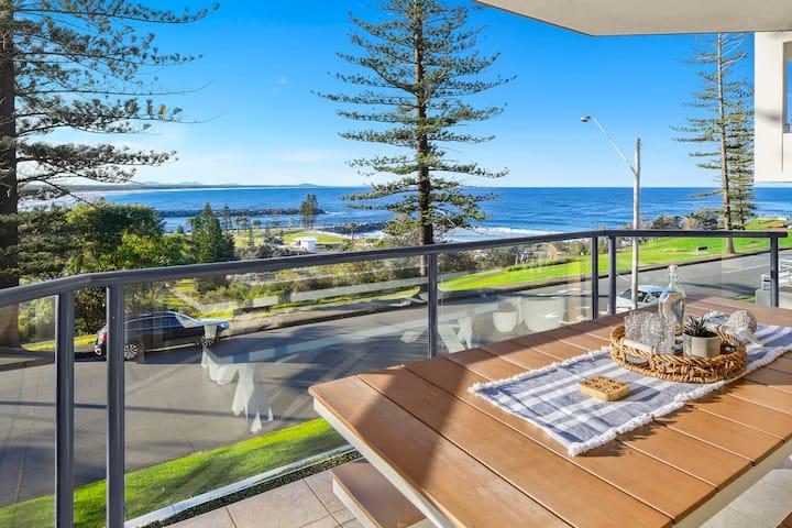 Blue Vista - luxury beachfront apartment