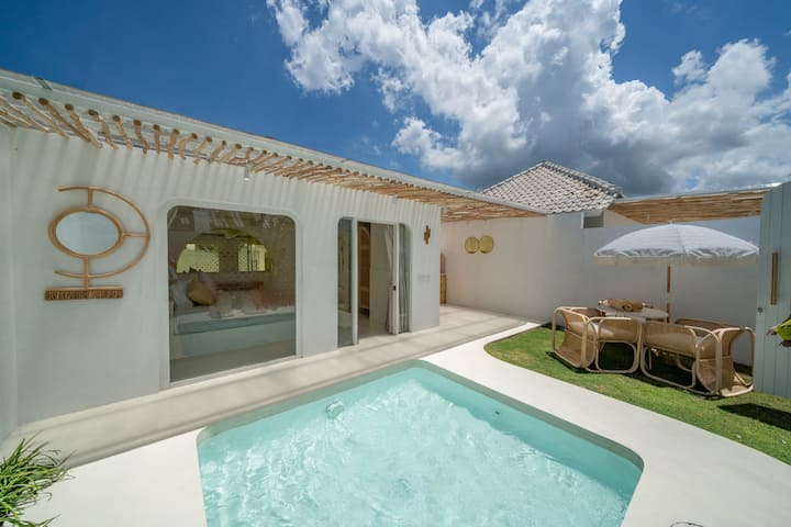 Lovely tiny 1 bdr villa close to the beach!!!