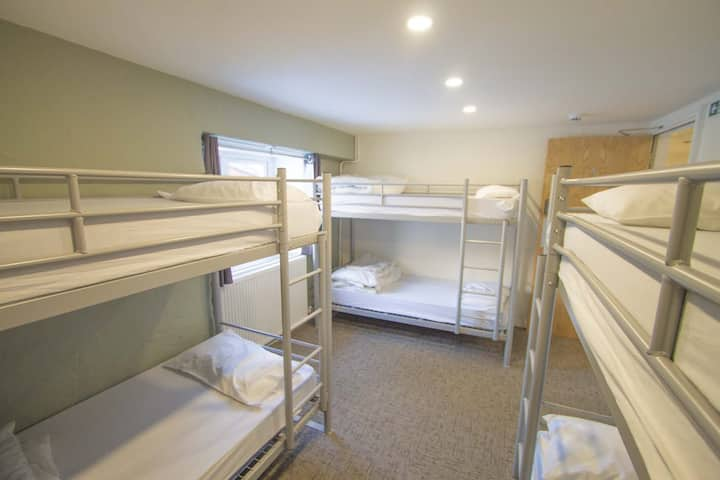 Great Langdale Bunkhouse - Room 4 - Six Beds
