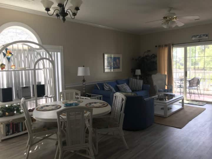 Beachy Keen! Pet friendly!No Pet fee!