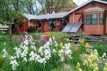 Bunk House at Zion Inn