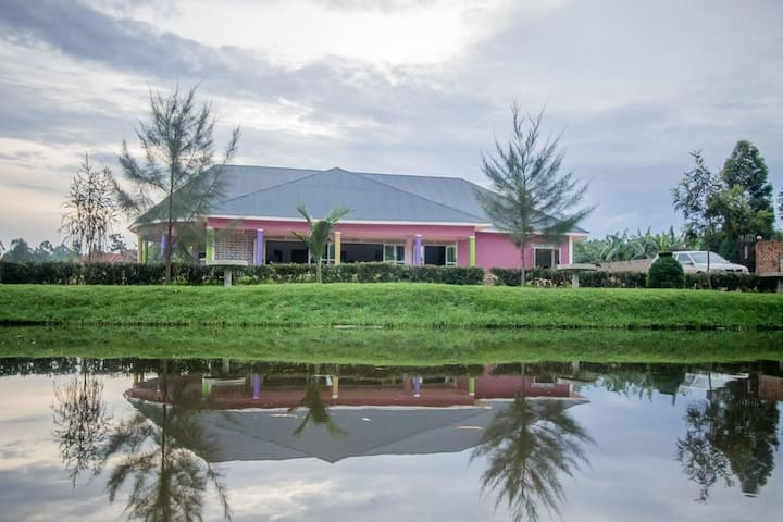 C.V.R - New Fort View Resort
