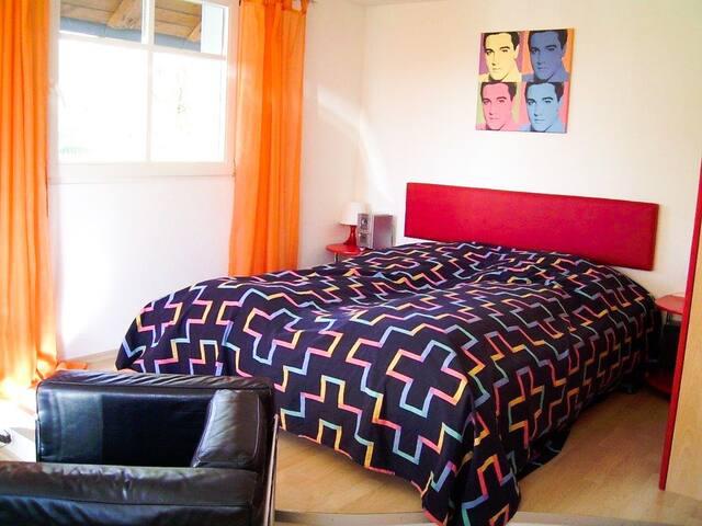 Haus Leo, (Kressbronn), 3 Ferienwohnung Drei, 25qm, 1 Wohn-/Schlafzimmer, max. 2 Personen