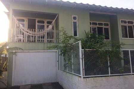 Casa Cotis
