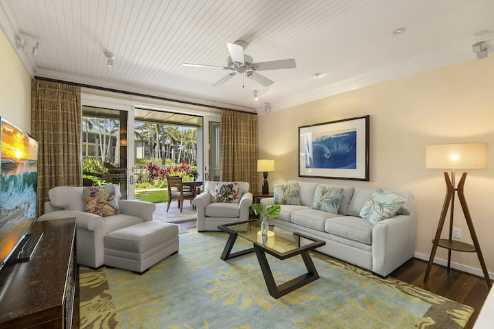Luxury Ocean Villa steps from a charming Sandy Bay! Turtle Bay Villas 114