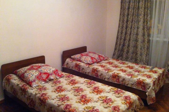 Уютная квартира в центре г.Сухум - Sokhumi - Apartamento