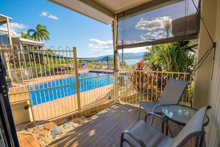 A Slice of Heaven in Airlie Beach