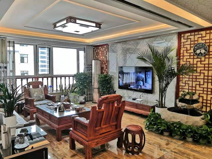 金城兰州近火车站一亩方塘3室公寓