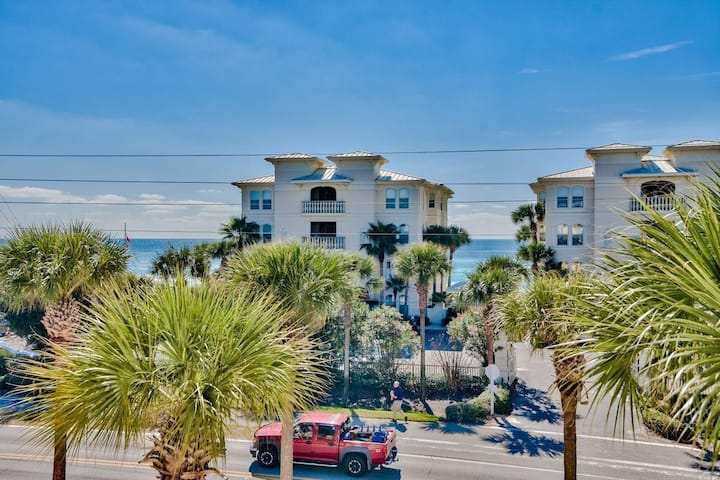 Gulf View, HEATED* Pool, Steps to Beach and Events - Auria's Cove at the Inn at Gulf Place 30A