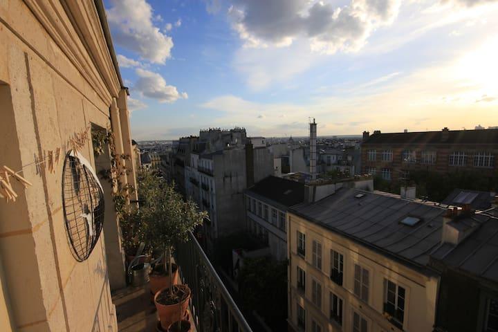 Artist flat in Montmartre