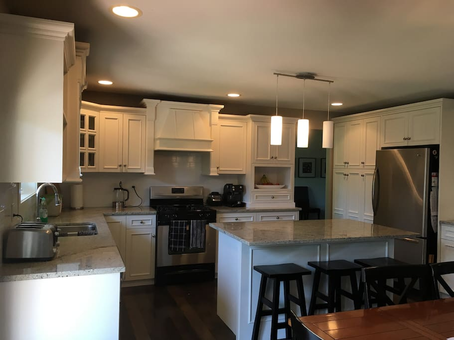Kitchen that can be shared with homeowners