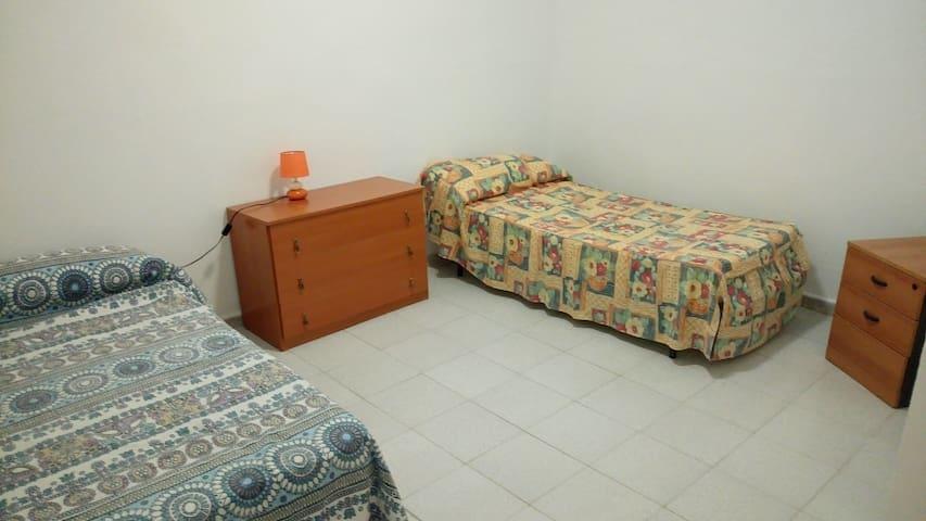 Pokój w Las Maretas, Tenerife - Chimiche - Casa