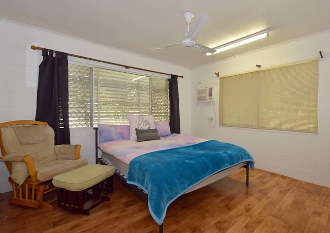 Bedroom 2 - Large bedroom with Queen bed. Room for mattress on the floor