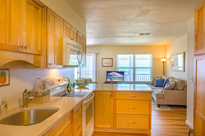 Beautiful Beach House! - Fernandina Beach - House